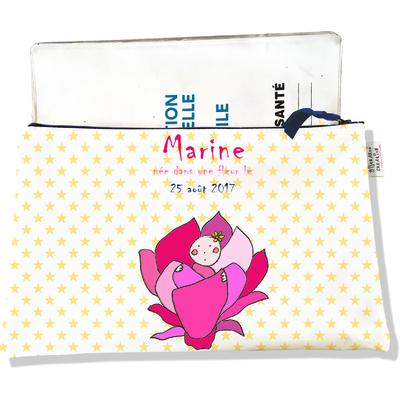 Protège Carnet de Santé personnalisable zippé pour bébé fille motif Fleurs