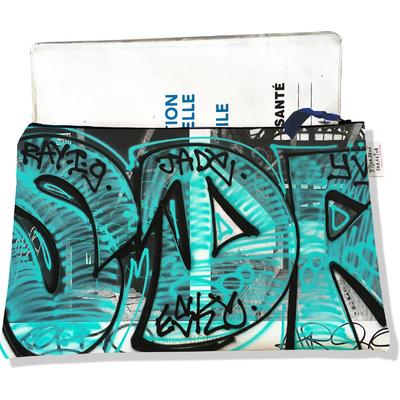 Protège carnet de santé zippé pour femme Street art PCZ6020