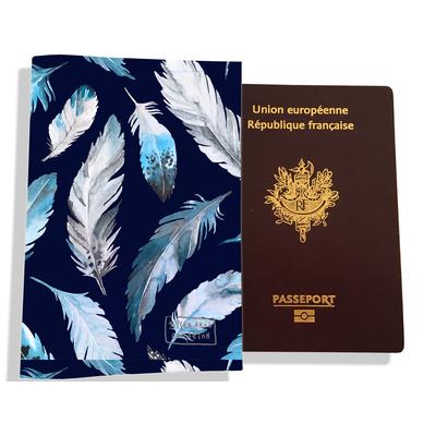 Protège passeport pour femme Plumes grises et bleues PP6030