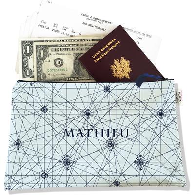 Pochette voyage personnalisable, porte documents carte bleu marine fond bleu ciel P2143-2015