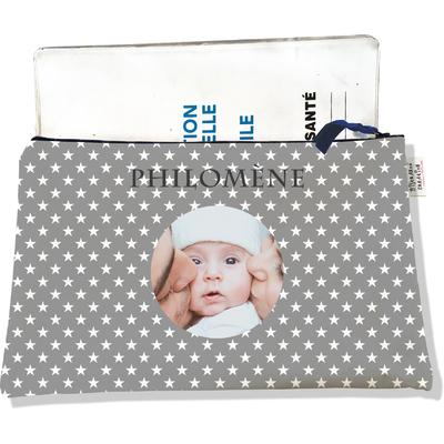 Protège carnet de santé personnalisé zippé pour bébé fille motif étoiles