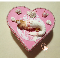 Boîte de naissance sirène rose et blanche - au coeur des arts