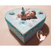Boîte de naissance bébé fille bleue et blanche - au coeur de arts