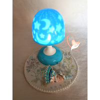Veilleuse lampe lumineuse sur socle en bois bebe fille