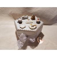 Boite à chocolats de Noël, biscuits ou gâteaux - au coeur des arts