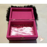 9B-Boîte à bijoux fuchsia et noire - au coeur des arts