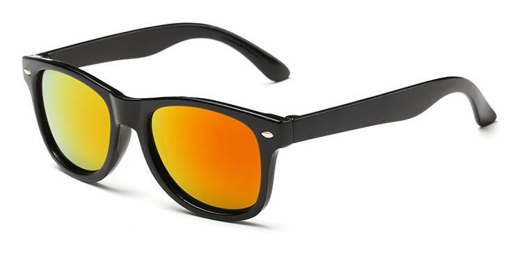Les lunettes de soleil effet miroir fun et très tendance