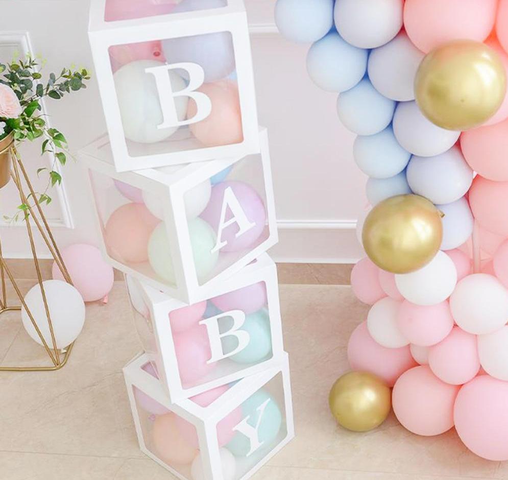 Les boîtes BABY transparentes à contours blancs pour ballons