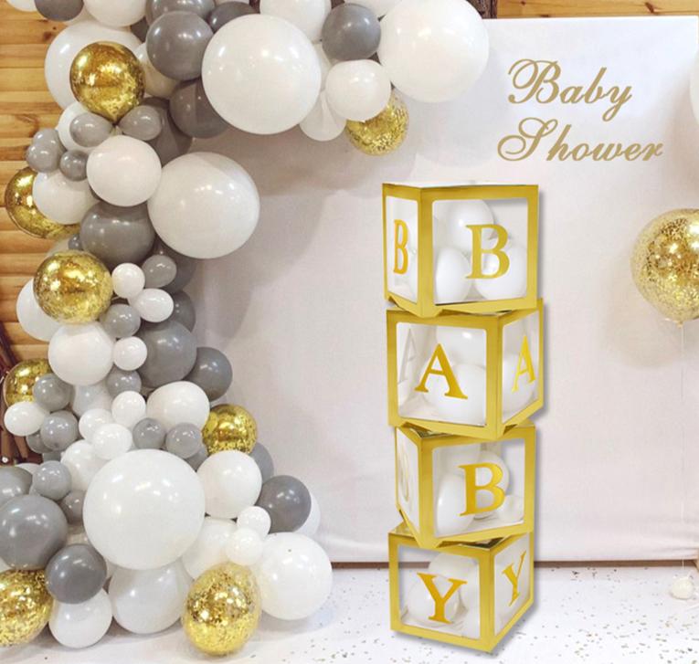 Les boîtes transparentes BABY à contours OR pour ballons