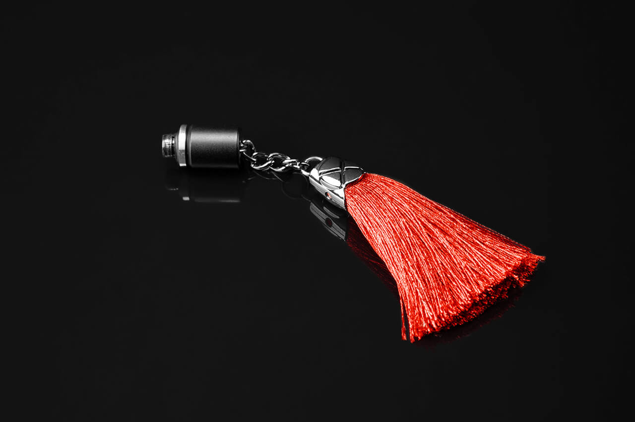 sb-armored-tassel-red