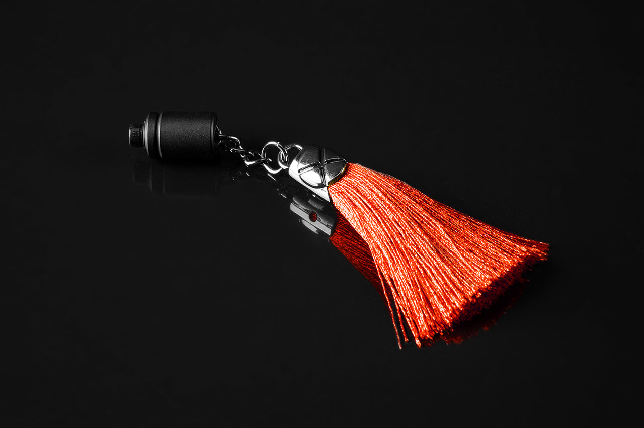 de-armored-tassel-red