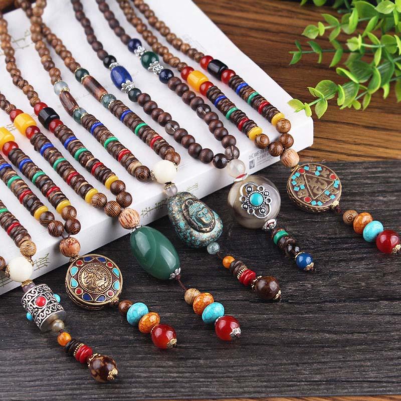 Pendentif bouddhiste - Perles en bois du Népal - Contre les sautes d\'humeur - 7 modèles au choix