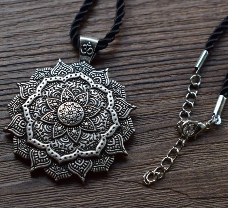 Pendentif Mandala - Méditation - Yoga