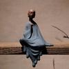 Statue de Moine en Céramique bleu - 16 cm - zen