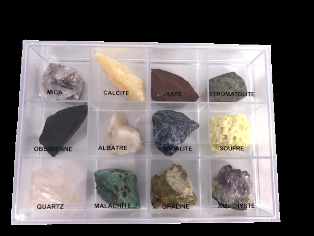 Minéraux Boite de 12 Pierres Pierres brutes de lithothérapie et de collection