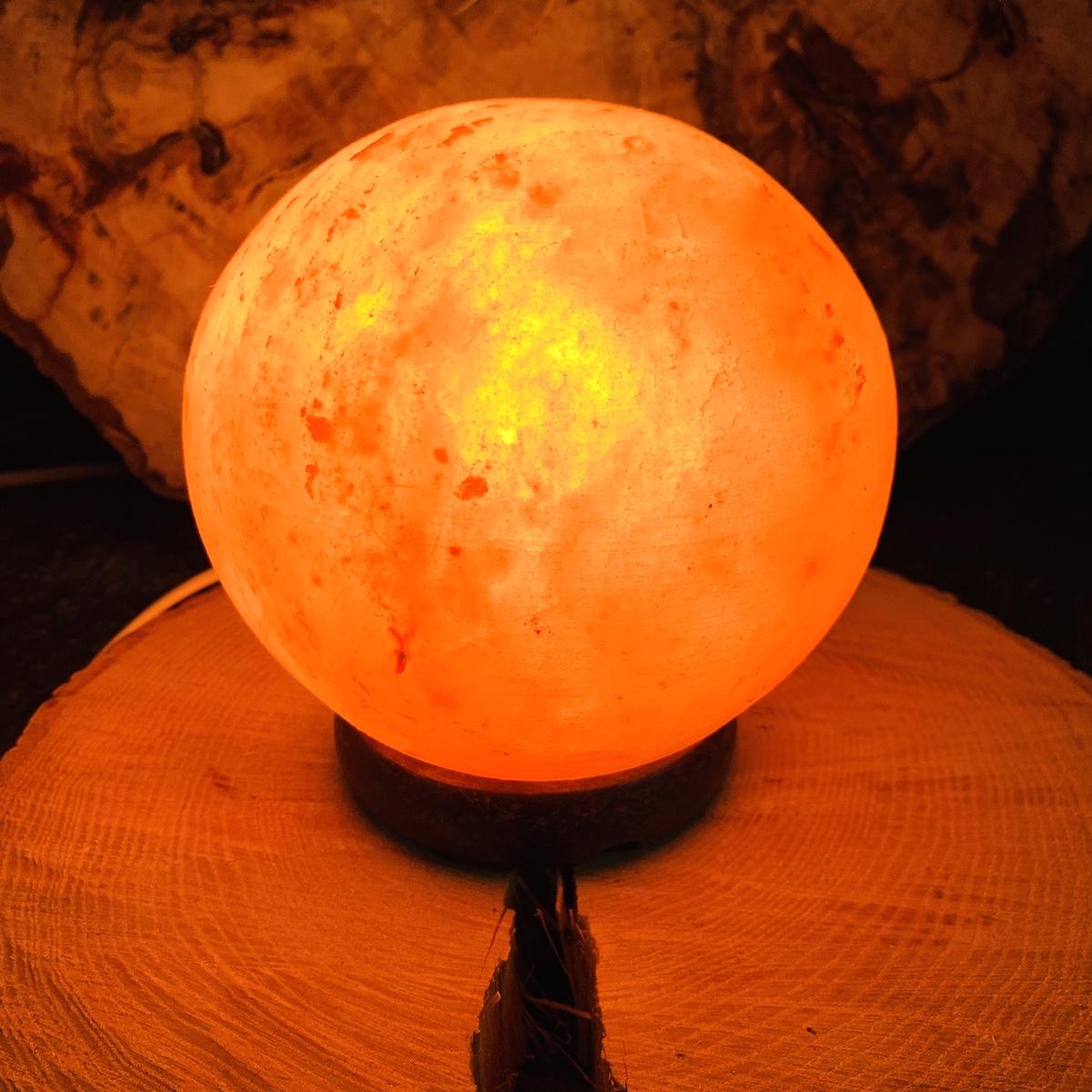Lampe de sel de l\'himalaya forme SphŽère env 2,5 - 3kg