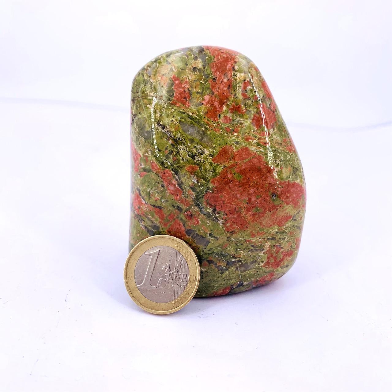 Forme libre en pierre naturelle d\'UNAKITE :