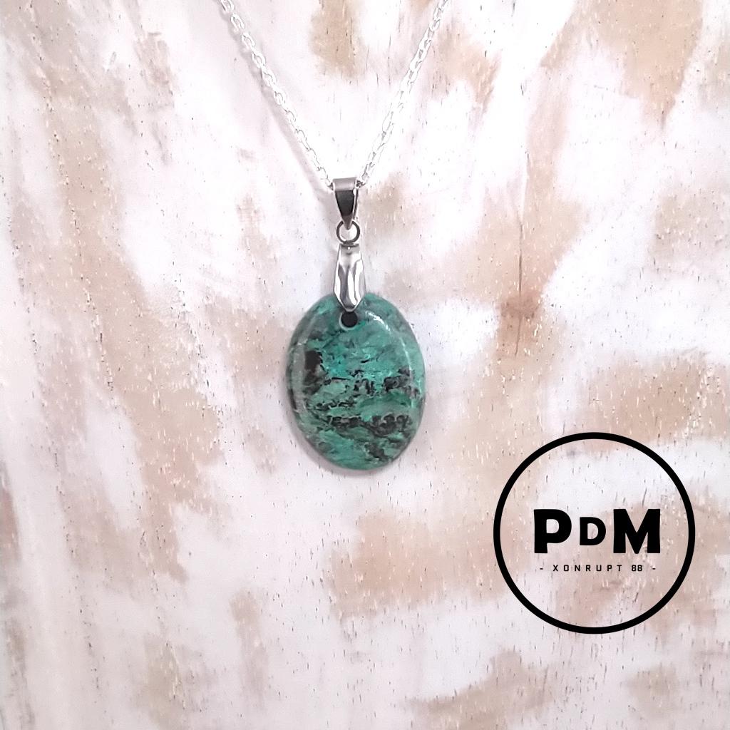 Pendentif Chrysocolle en pierre naturelle avec bélière en acier