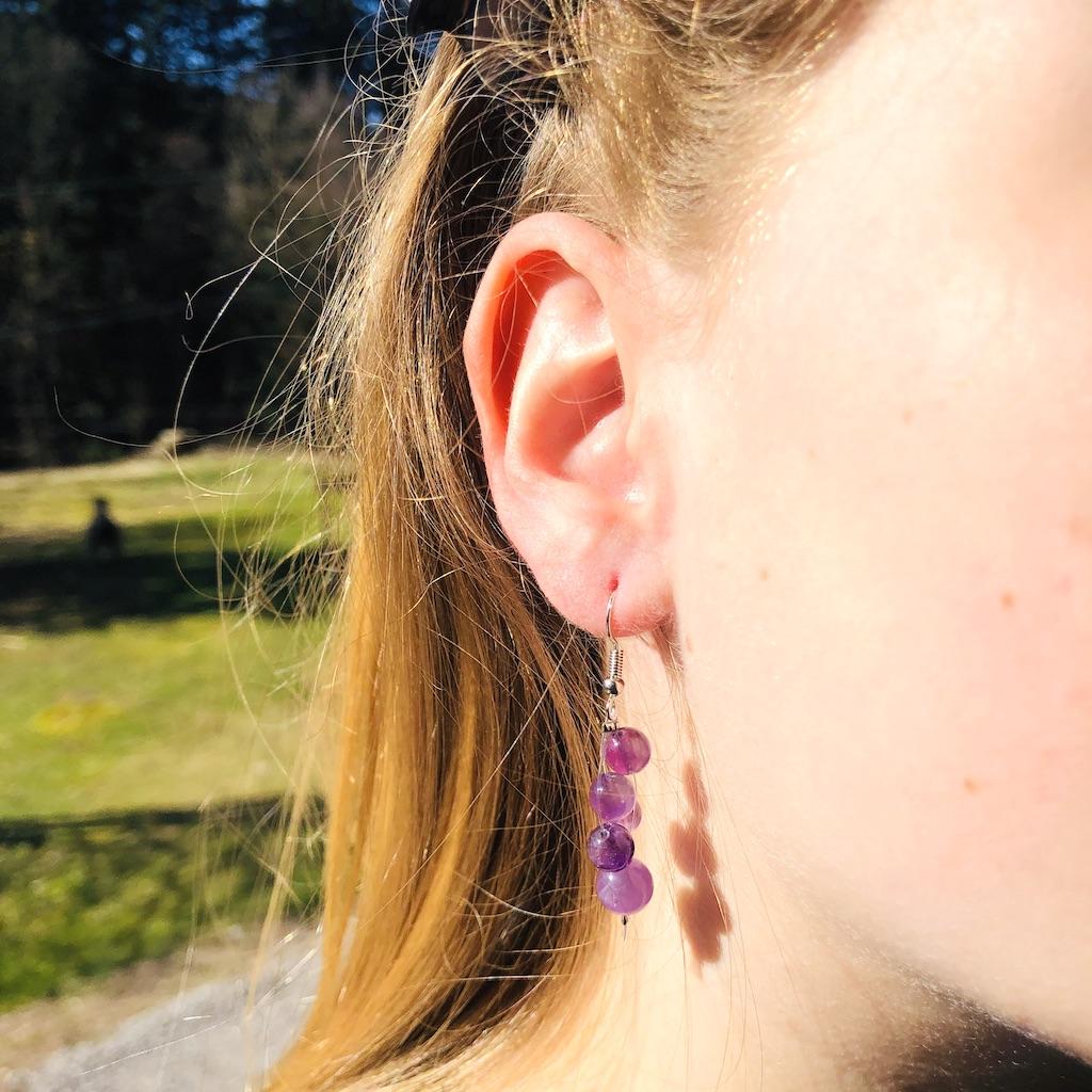 Boucles d\'oreilles Améthyste cascade de perle en pierre naturelle montage acier