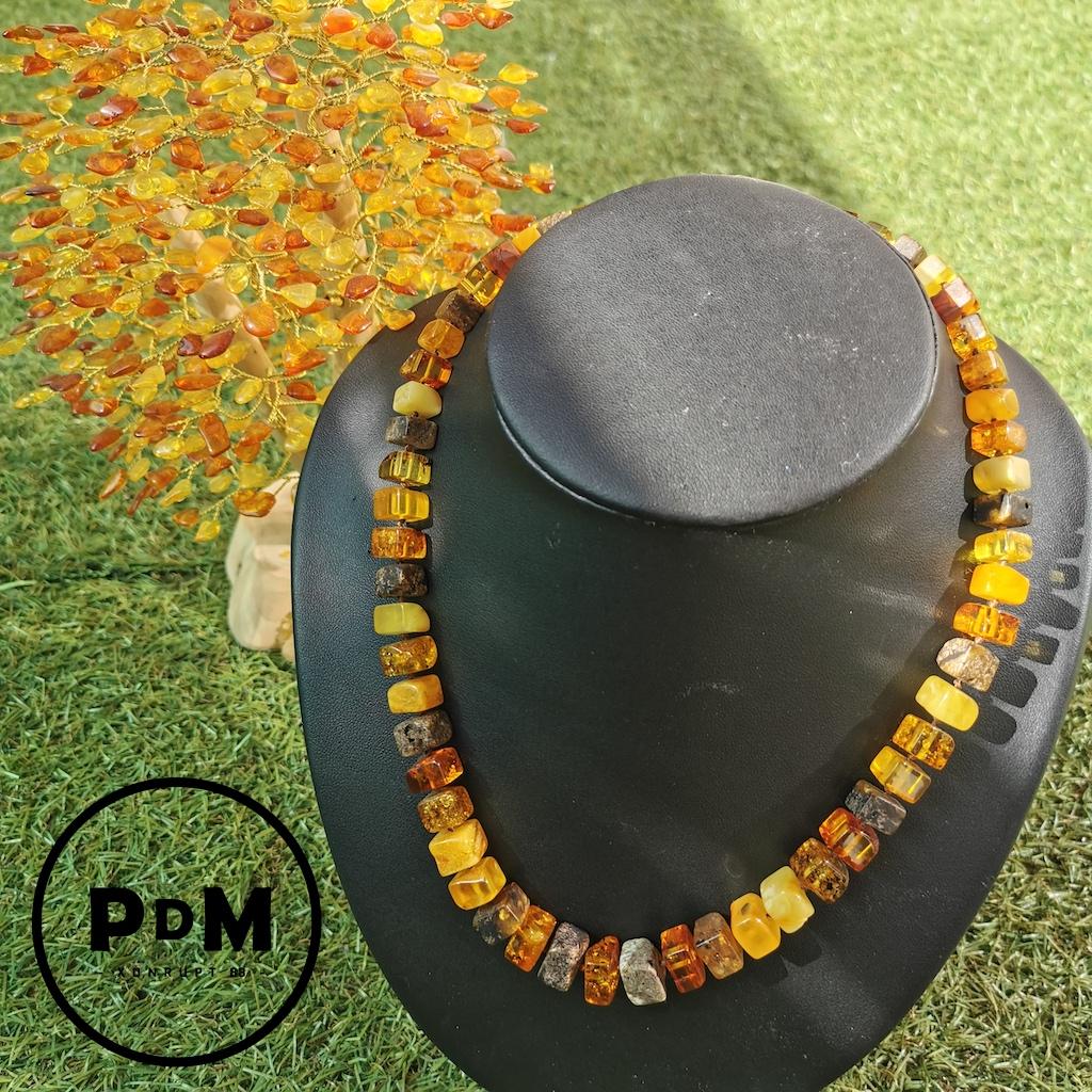 Collier Ambre en pierre naturelle perle carré en ambre brut et poli couleurs diverses