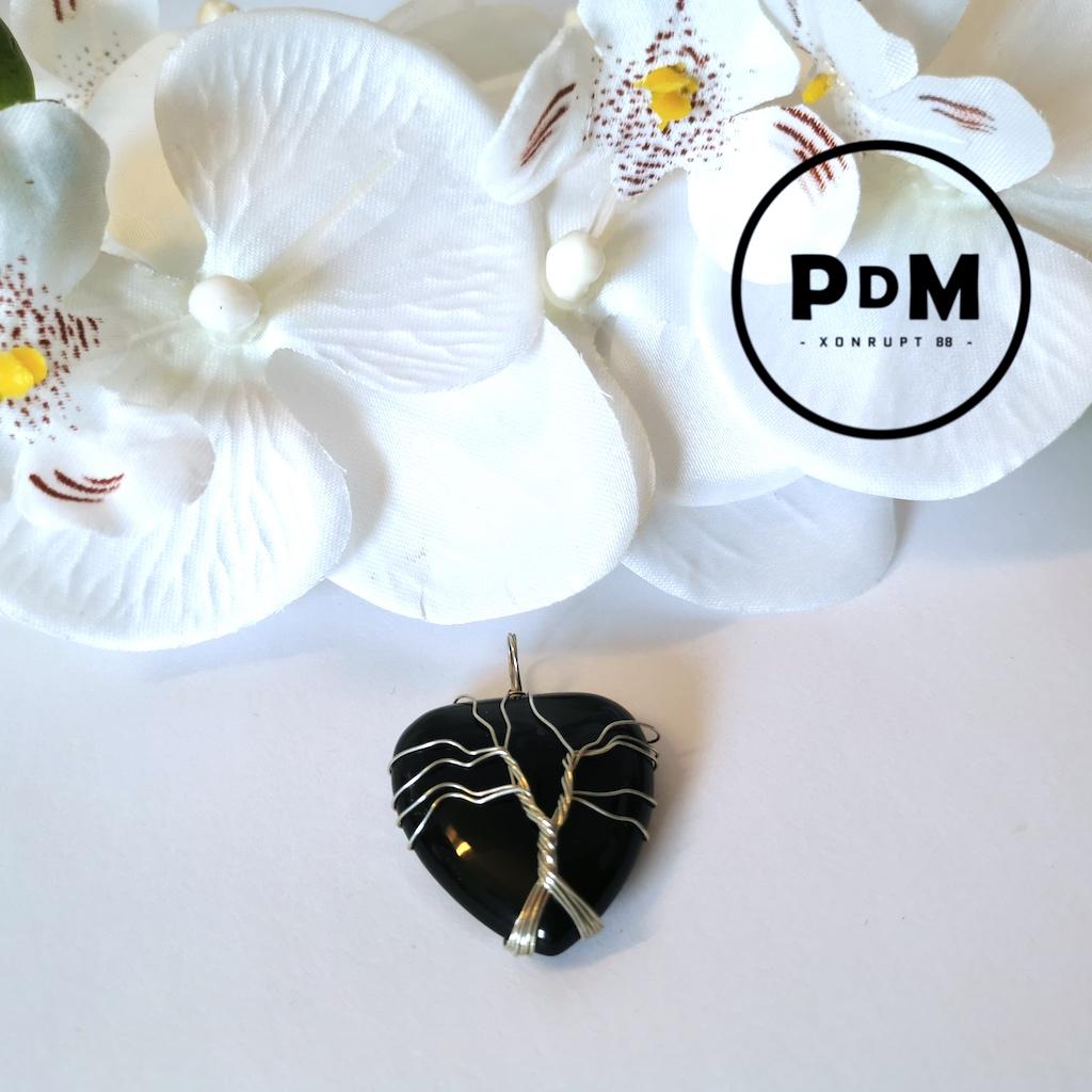 pendentif-agate-noire-pierre-naturelle-coeur-arbre-de-vie-pierres-du-monde-vosges-1