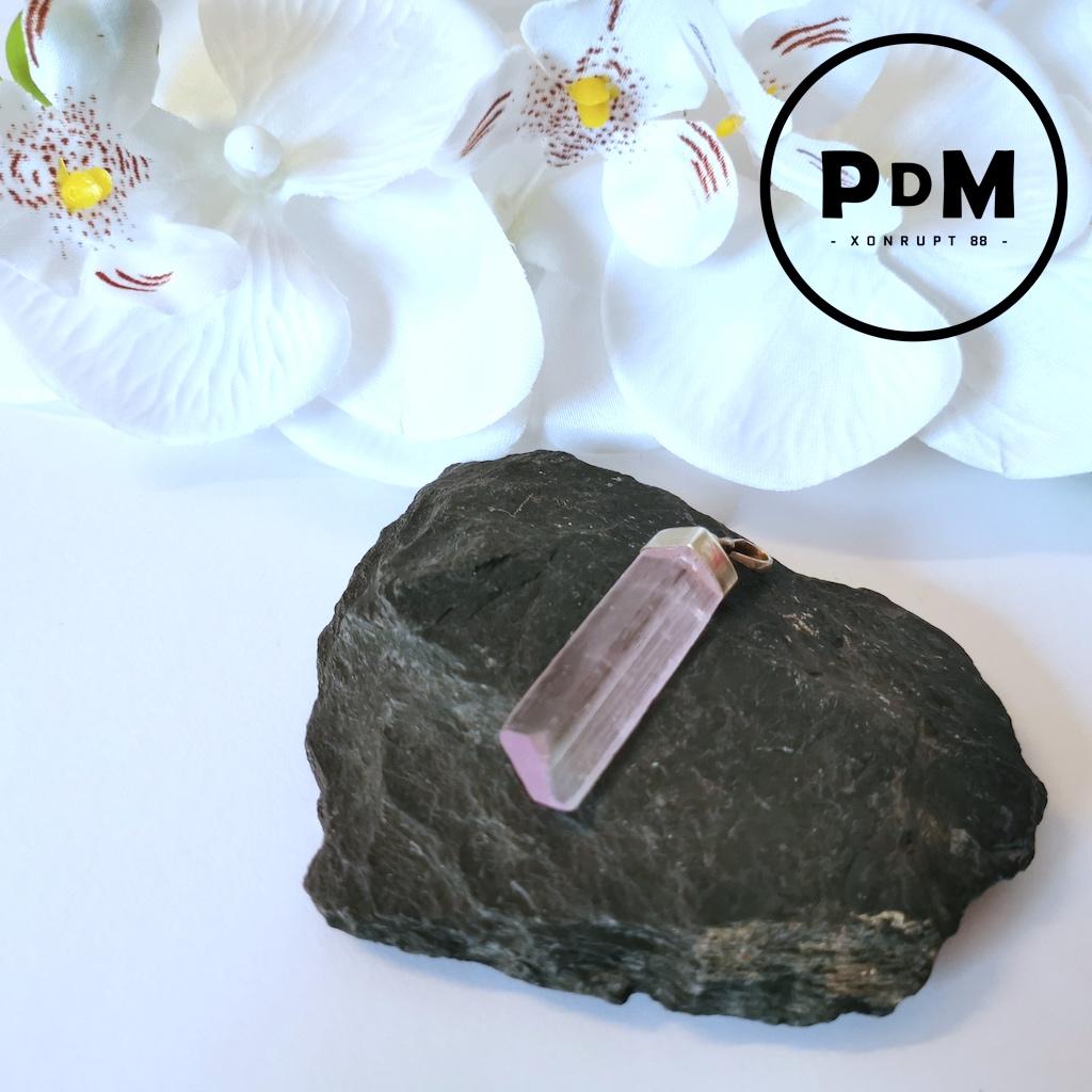 Pendentif Kunzite en pierre naturelle forme brut grand modèle