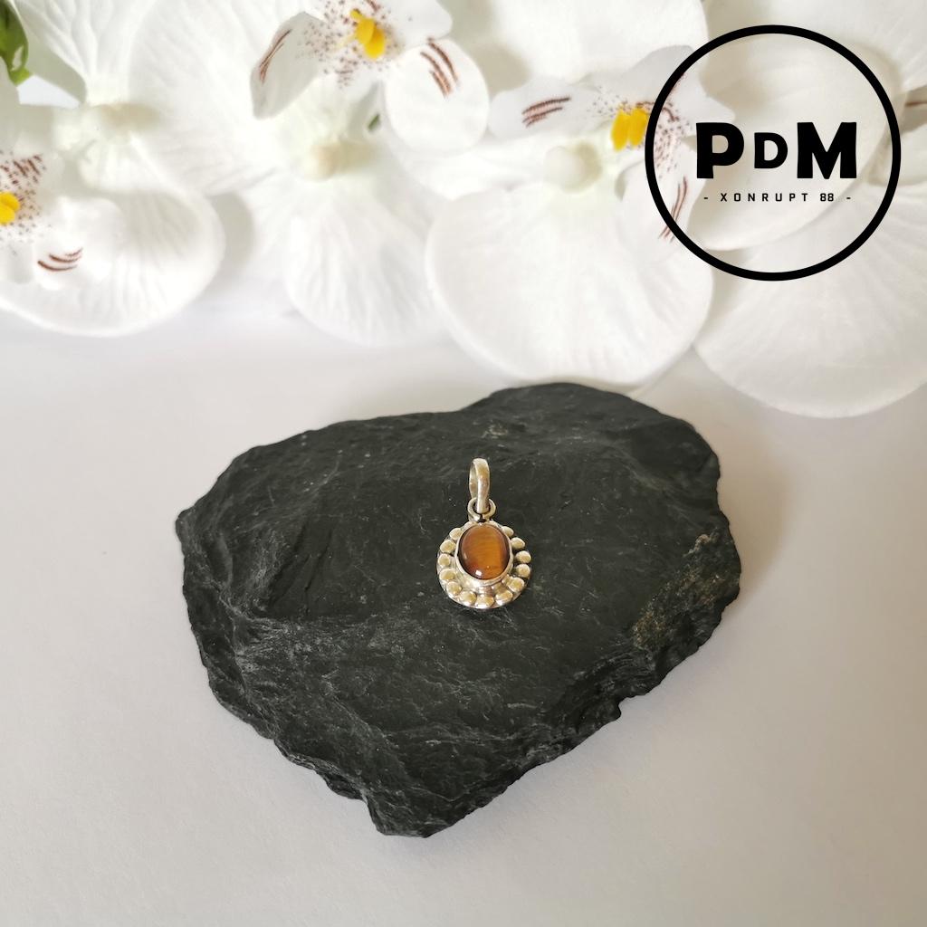 Pendentif Oeil de tigre en pierre naturelle forme ovale petit modèle montage argent