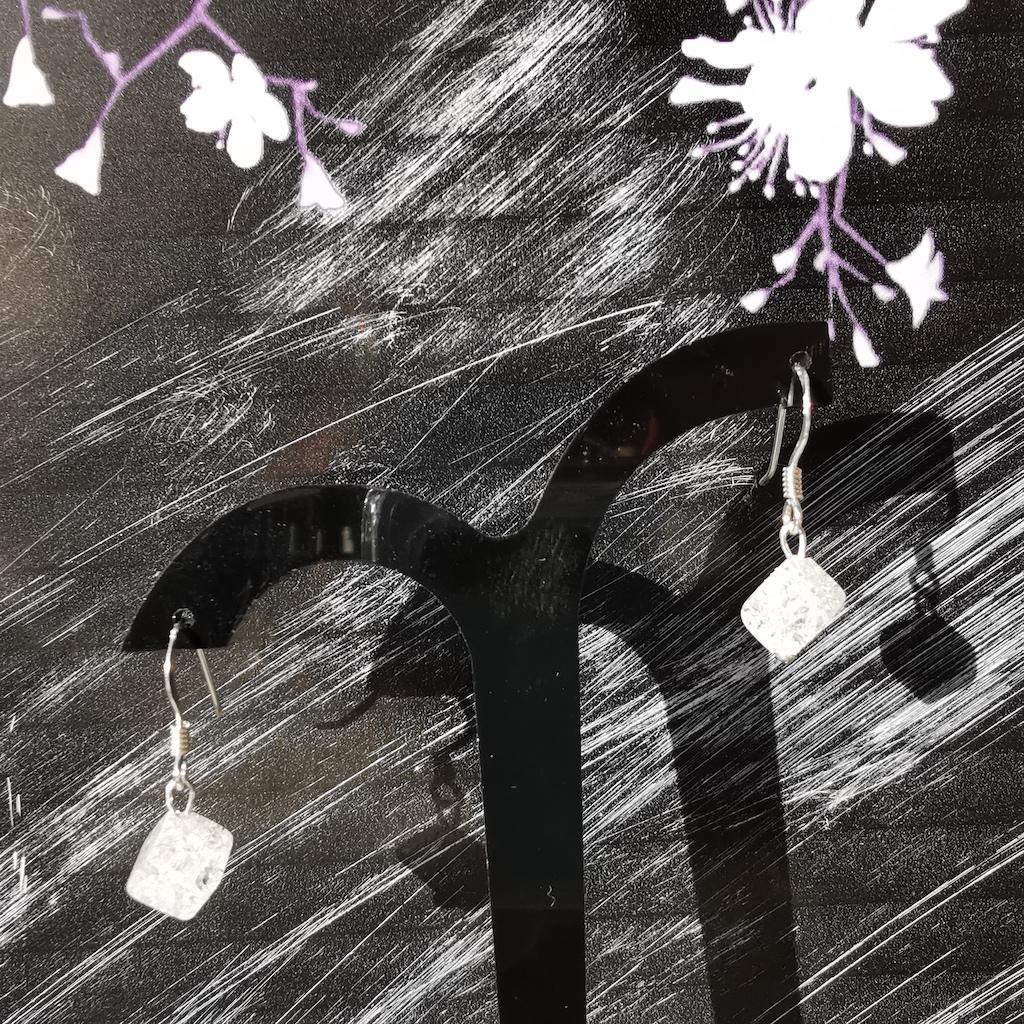 Boucles d\'oreilles Quartz blanc craquelé en pierre naturelle perle losange montage argent