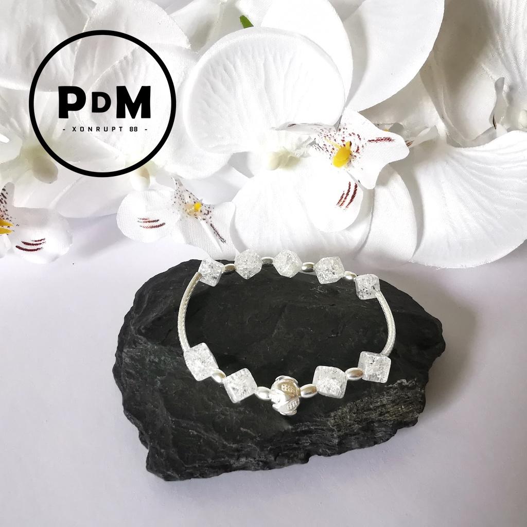 Bracelet Cristal de roche en pierre naturelle perle cube grand modèle montage et décor argent