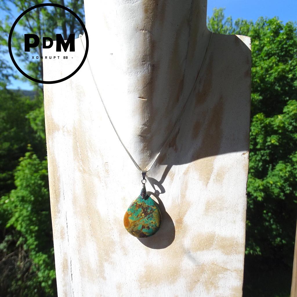 Pendentif Turquoise semi brut en pierre naturelle forme goutte GM avec bélière acier
