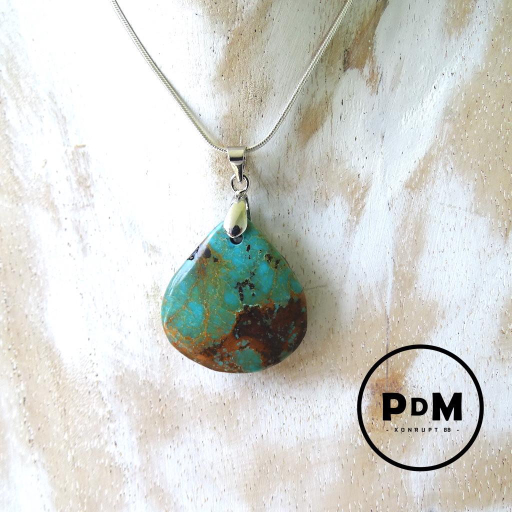 Pendentif Turquoise semi brut en pierre naturelle forme goutte MM avec bélière acier