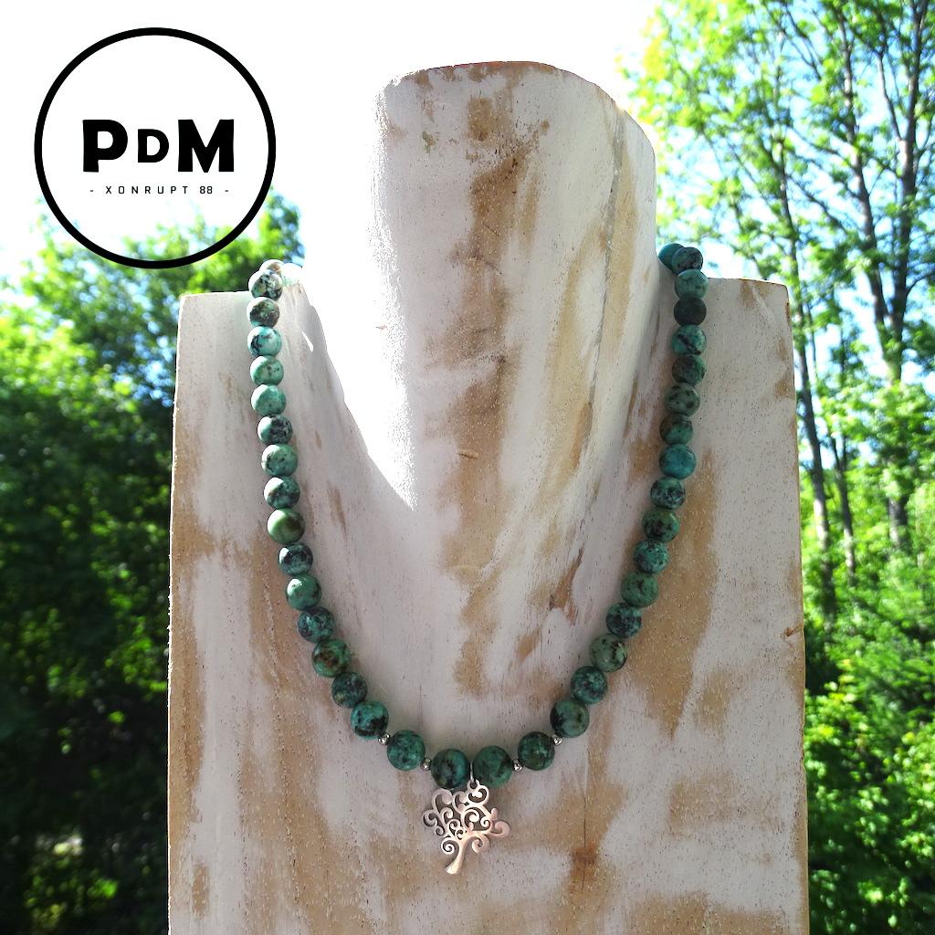 Collier Turquoise en pierre naturelle perle 8 mm décor et montage acier