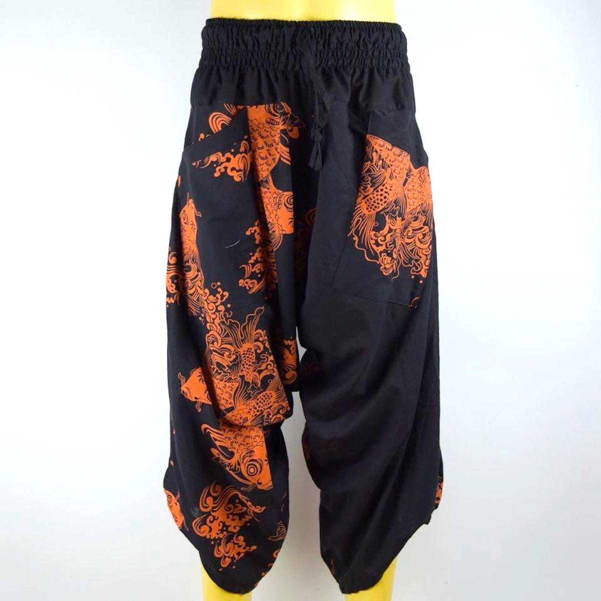 Pantalon YOGA unisex noir/orange motif carpe tissu fin