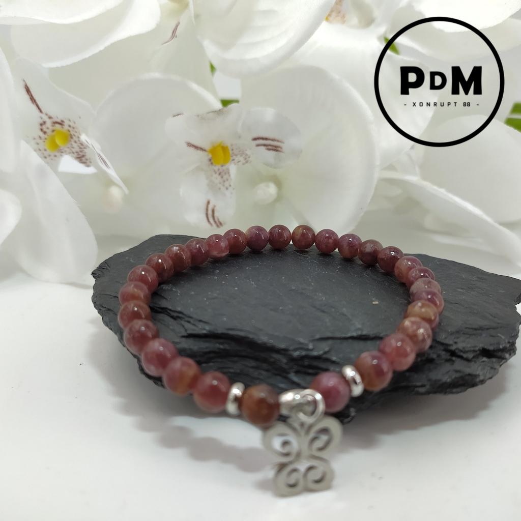 Bracelet Lepidolite en perles de 6mm avec deco papillon