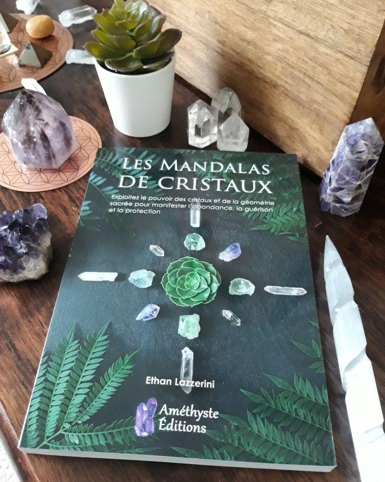 Les mandalas de cristaux de Ethan Lazzerini