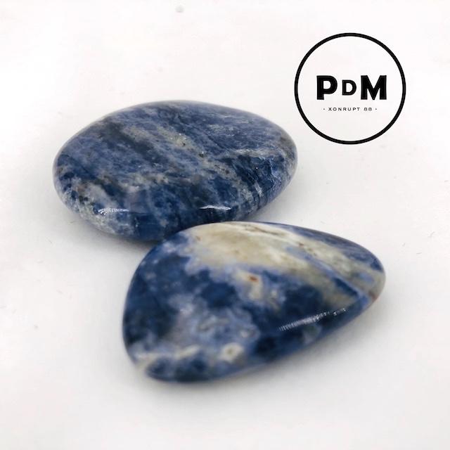 galet-sodalite-sodalithe-pierres-du-monde-vosges-1