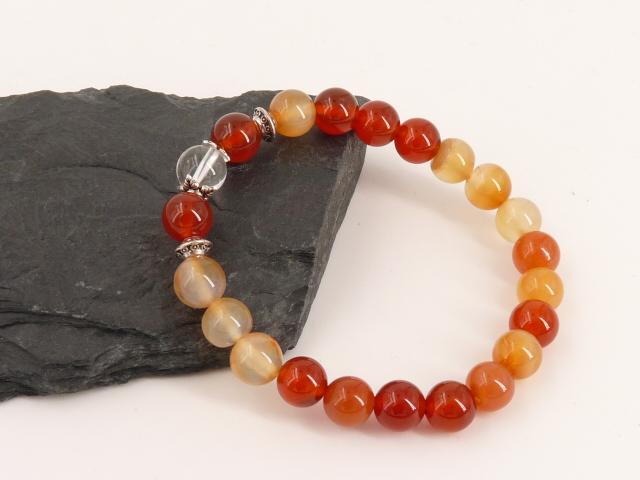 Bracelet boule 8mm Cornaline avec perle de quartz