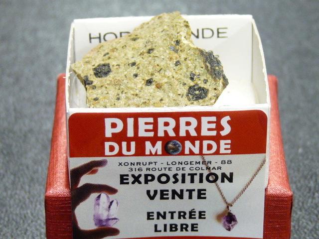 Pierre Brut De Collection Hornblende