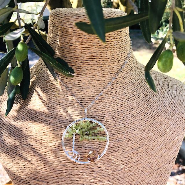 Pendentif rond arbre de vie Peridot (Chaine non comprise !)