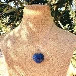 Pendentif-sodalite-coeur-pierre-naturelle-pierres-du-monde-vosges-1