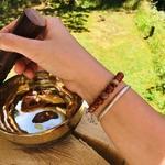bracelet-boules-8-mm-jaspe-rouge-symbole-ohm-pierres-du-monde-vosges-1258