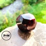 forme-libre-grenat-pierre-naturelle-pierres-du-monde-vosges-136