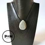 pierre-percee-labradorite-pierre-naturelle-gm-pierres-du-monde-vosges-1