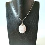 pendentif-quartz-rose-forme-ovale-pierres-du-monde-vosges-1