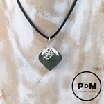 pendentif-jade-pierre-naturelle-forme-coeur-pierres-du-monde-vosges-2