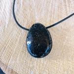 pierres-percees-pierre-de-lave-pierres-du-monde-vosges-12