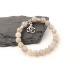 bracelet-boules-8-mm-labradorite-symbole-ohm-pierres-du-monde-vosges-1