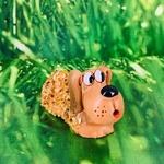chien-personnage-céramique-ambre-pierres-du-monde-vosges-1
