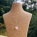 pendentif-quartz-rose-forme-libre-pierre-mineraux-pierres-du-monde-1