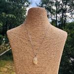 pendentif-quartz-rutile-forme-libre-pierre-mineraux-pierres-du-monde-1